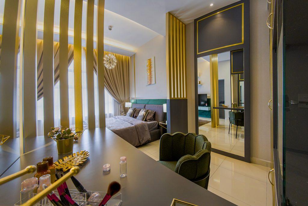Masterbed room Oak2
